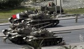 Bahraini army tanks take position near Pearl Square