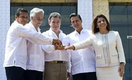 Peru's Ollanta Humala, Chile's Sebastián Piñera, Colombia's Juan Manuel Santos, Mexico's Enrique Peña Nieto and Costa Rica's Laura Chinchilla in Cartagena, Colombia