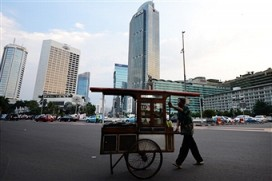 Indonesia's fragile middle: close to the edge | Financial Times