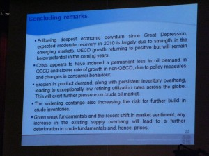 Opec slide viewed by journalists in Luanda (Javier Blas/FT)