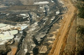 Canadian oil sands mine