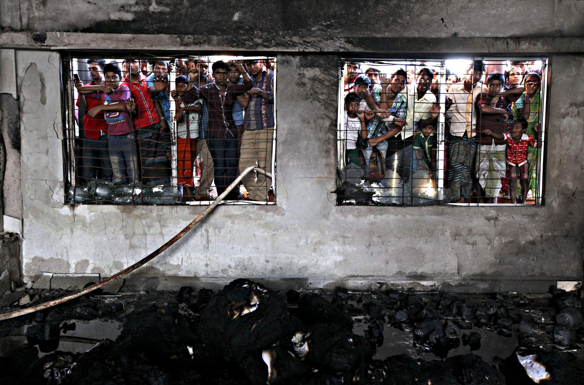 Factory fire kills at least nine in Bangladesh