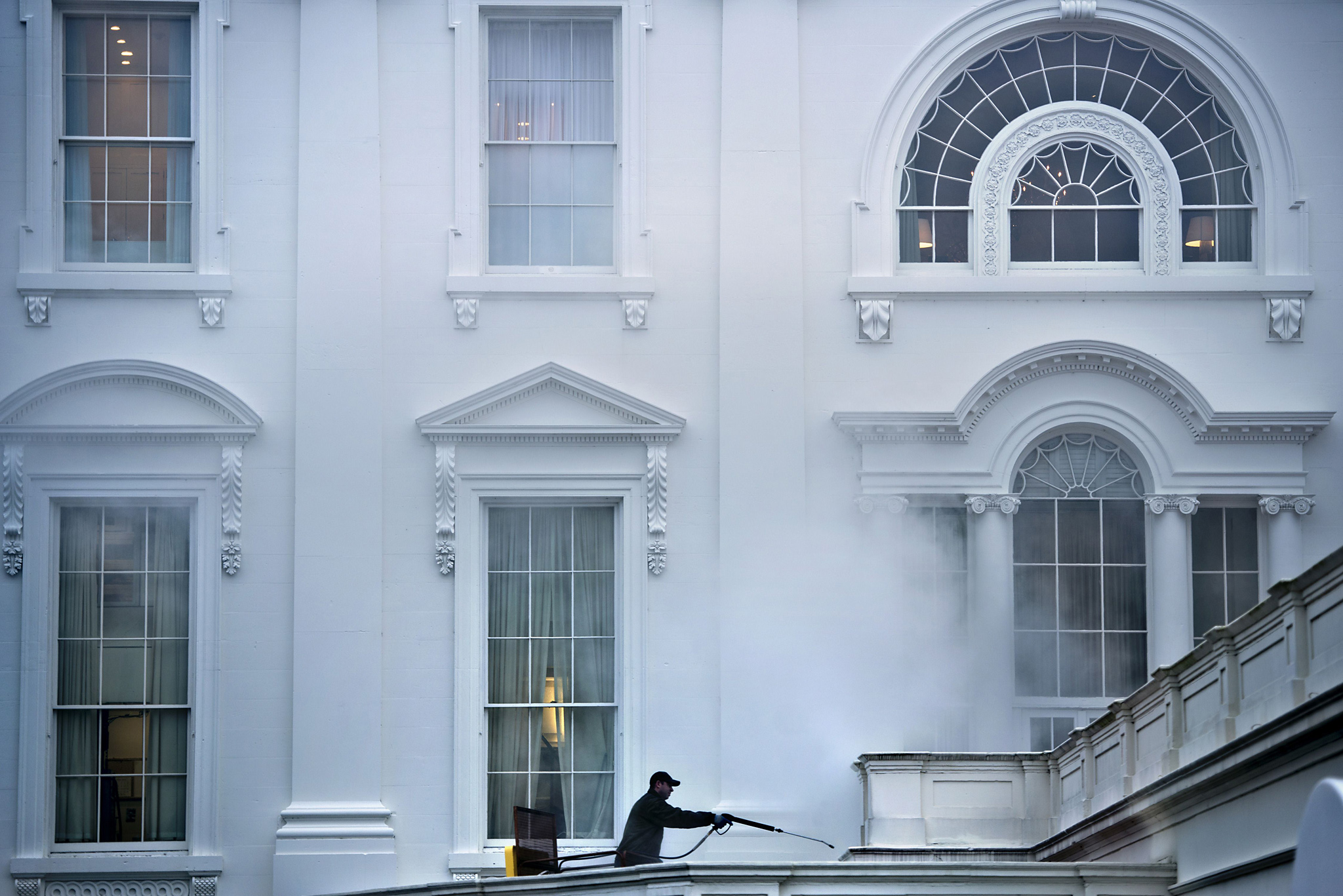 A worker power washes the West Wing of t...A worker power washes the West Wing of the White House January 15, 2014 in Washington, DC. AFP PHOTO/Brendan SMIALOWSKIBRENDAN SMIALOWSKI/AFP/Getty Images
