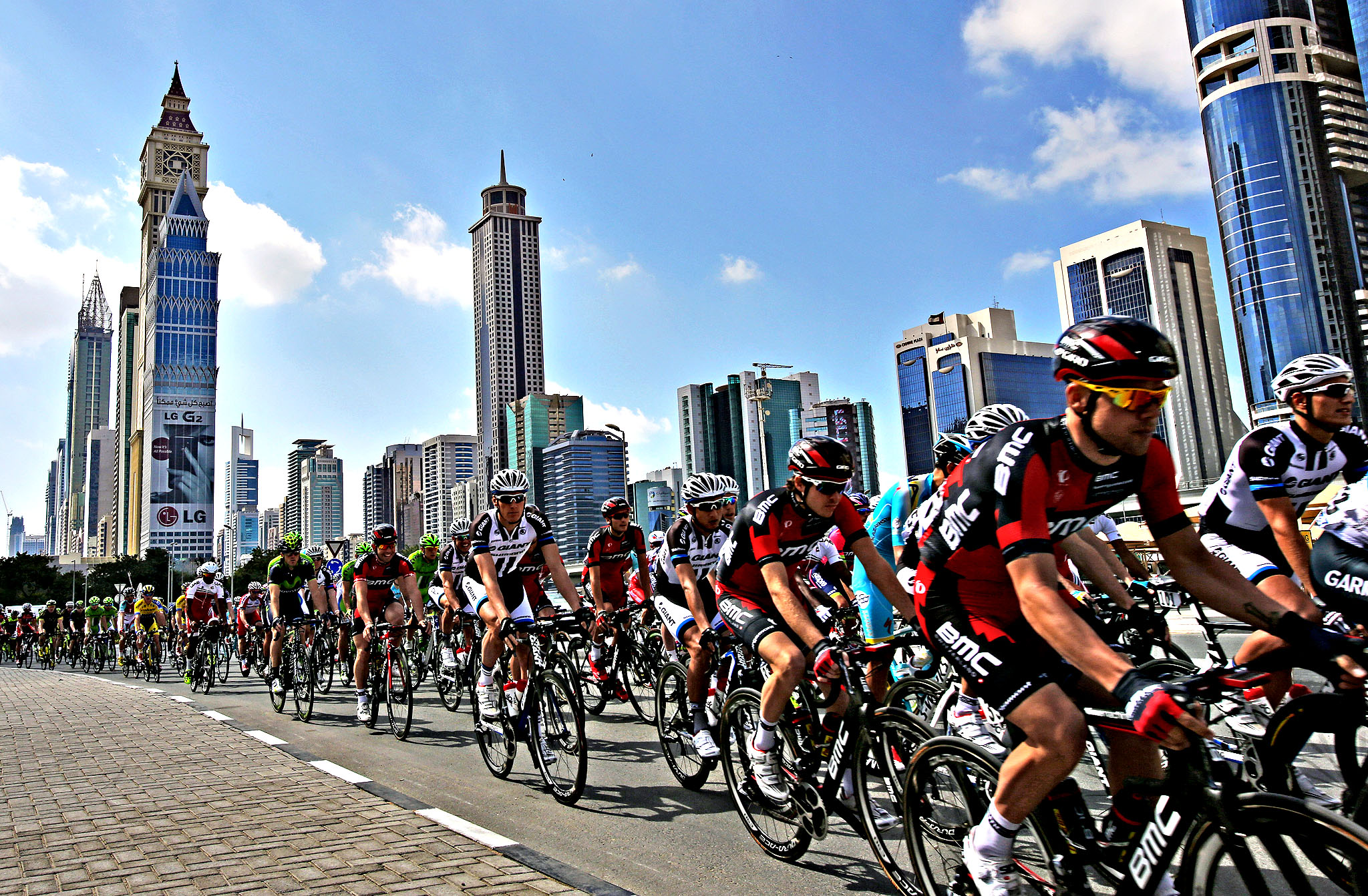 Cyclists start the Sport Stage of the 2nd day of Dubai Tour in Dubai, United Arab Emirates, Thursday, Feb. 6, 2014.