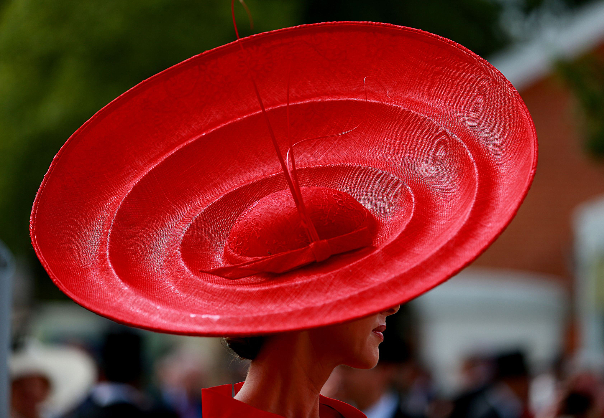 Horse Racing - The Royal Ascot Meeting 2014 - Day Two - Ascot Racecourse...Ladies hat fashions during Day Two of the 2014 Royal Ascot Meeting at Ascot Racecourse, Berkshire. PRESS ASSOCIATION Photo. Picture date: Wednesday June 18, 2014. See PA story RACING Ascot. Photo credit should read: David Davies/PA Wire