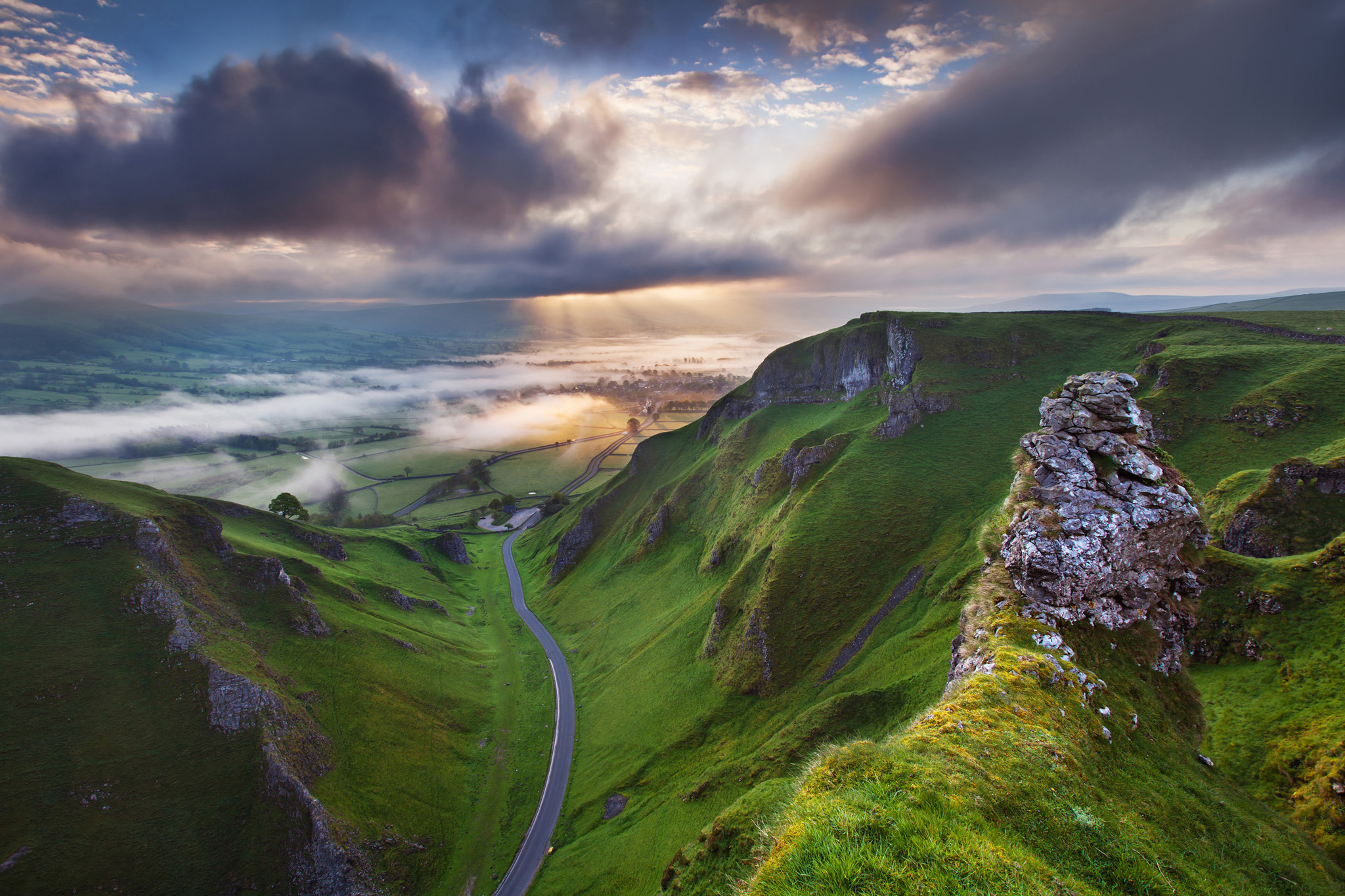 Landscape Photographer of the Year Awards 2014 ...NO SALES NO ARCHIVE. CAN ONLY BE USED IN CONNECTION WITH LANDSCAPE PHOTOGRAPHER OF THE YEAR AWARDS. Undated handout issued by Take A View of Sunrise at Winnats Pass, Derbyshire, England which won the Visit Britian 'You're invited' Award for the best image from an overseas entrant category in this year's Landscape Photographer of the Year Awards.  PRESS ASSOCIATION Photo. Issue date: Monday November 10, 2014. See PA story ENVIRONMENT Photography. Photo credit should read: Sven Mueller/PA Wire NOTE TO EDITORS: This handout photo may only be used in for editorial reporting purposes for the contemporaneous illustration of events, things or the people in the image or facts mentioned in the caption. Reuse of the picture may require further permission from the copyright holder.
