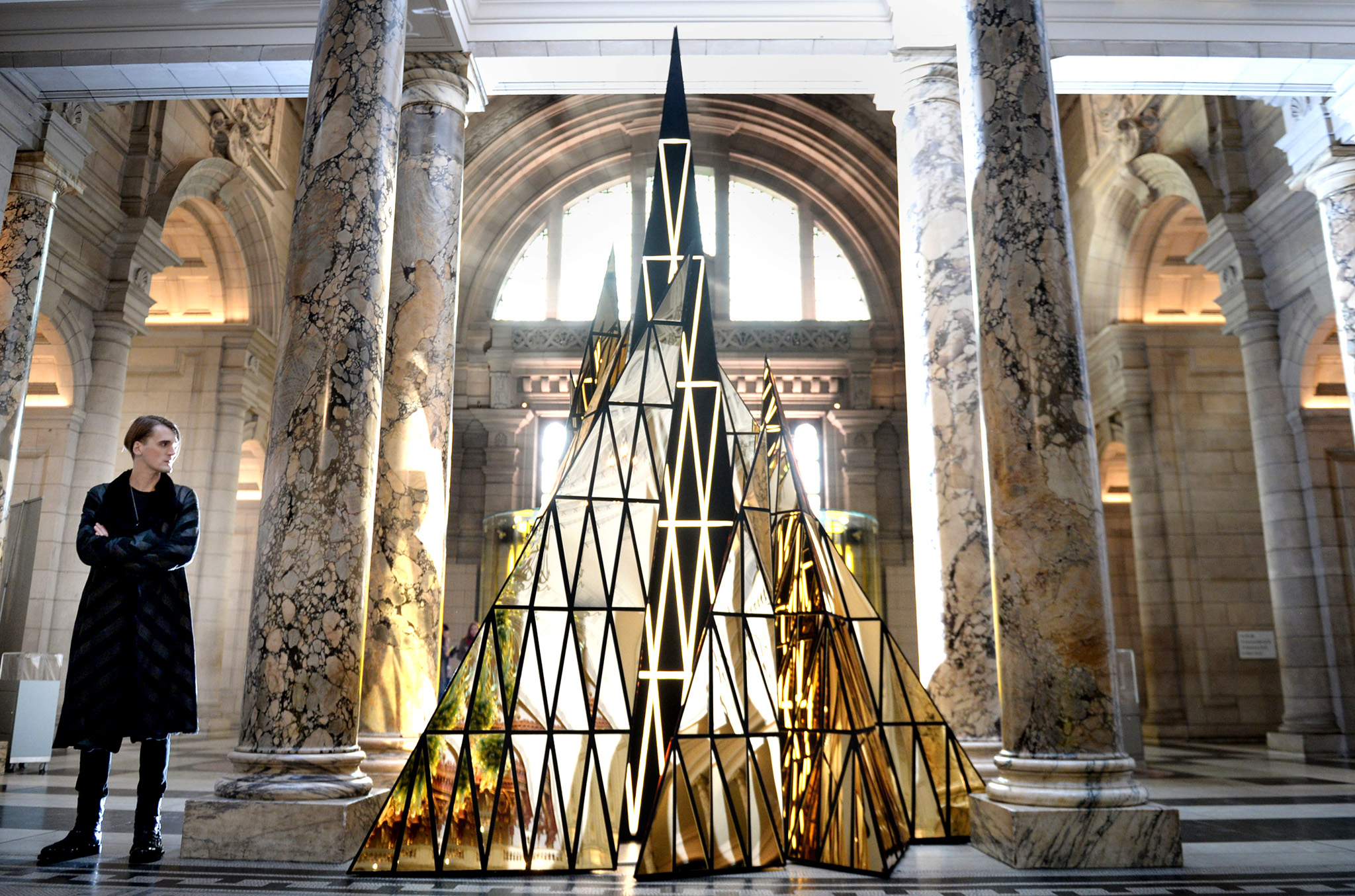 Fashion designer Gareth Pugh unveils the Victoria and Albert (V&A) Museum's Christmas tree, tilted Ceremony, London. PRESS ASSOCIATION Photo. Picture date: Tuesday December 9, 2014. Photo credit should read: Anthony Devlin/PA Wire