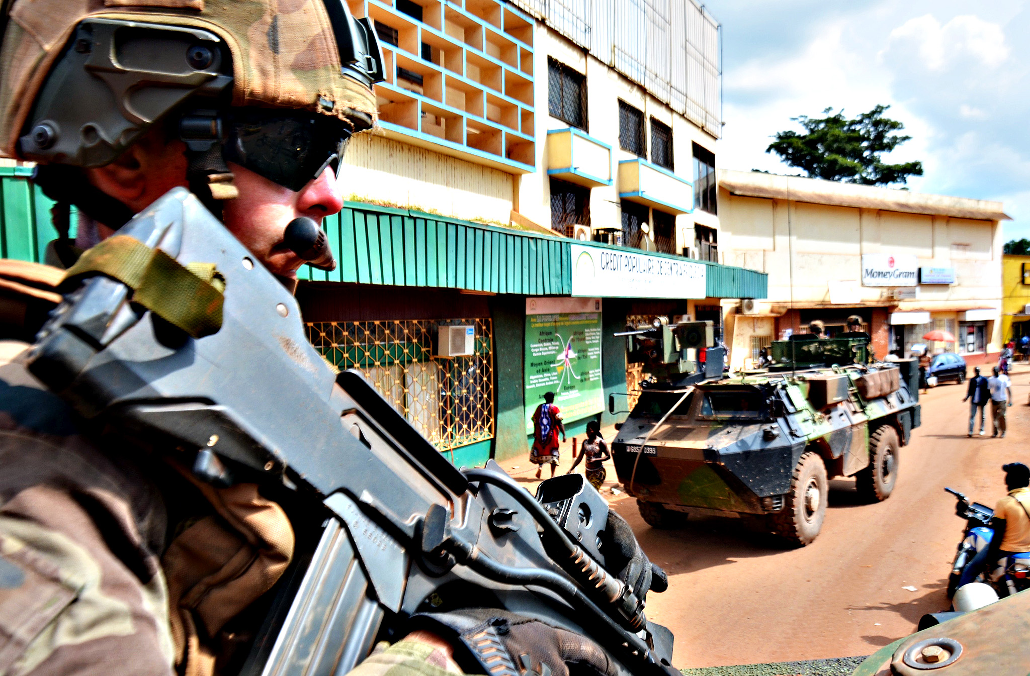 "French soldiers, part of Operation Sangaris, patrols Bangui la Coquette at ""PK0"" of the capital"