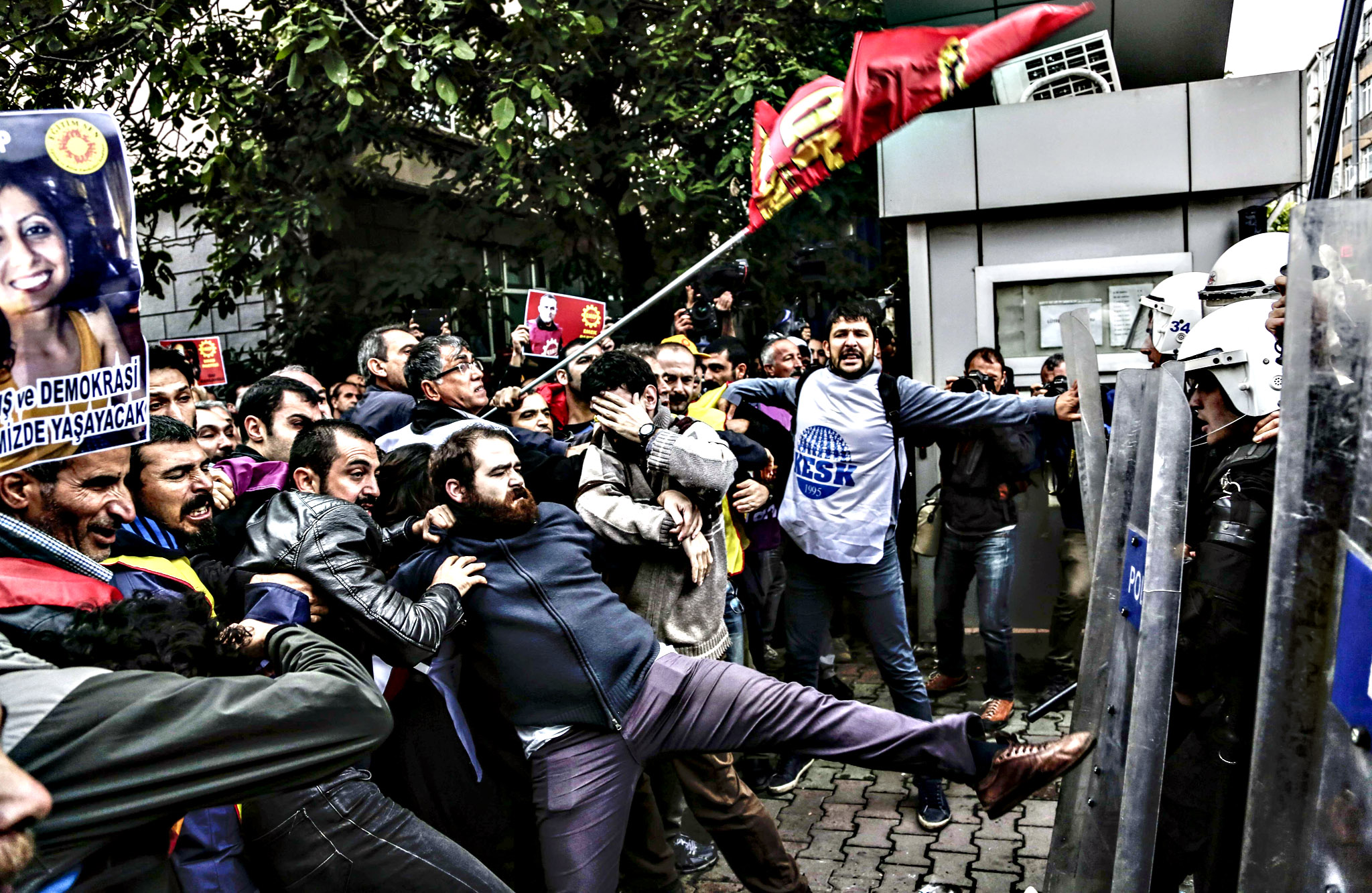 Protesters clash with Turkish riot police during a demonstration on Tuesday in Istanbul against the deadly attacks in Ankara. The double suicide bombing on a peace rally in Ankara has raised a feud between the government and Turkey's main pro-Kurdish party to a new level, widening a dangerous polarisation as Turks head to November 1 polls.
