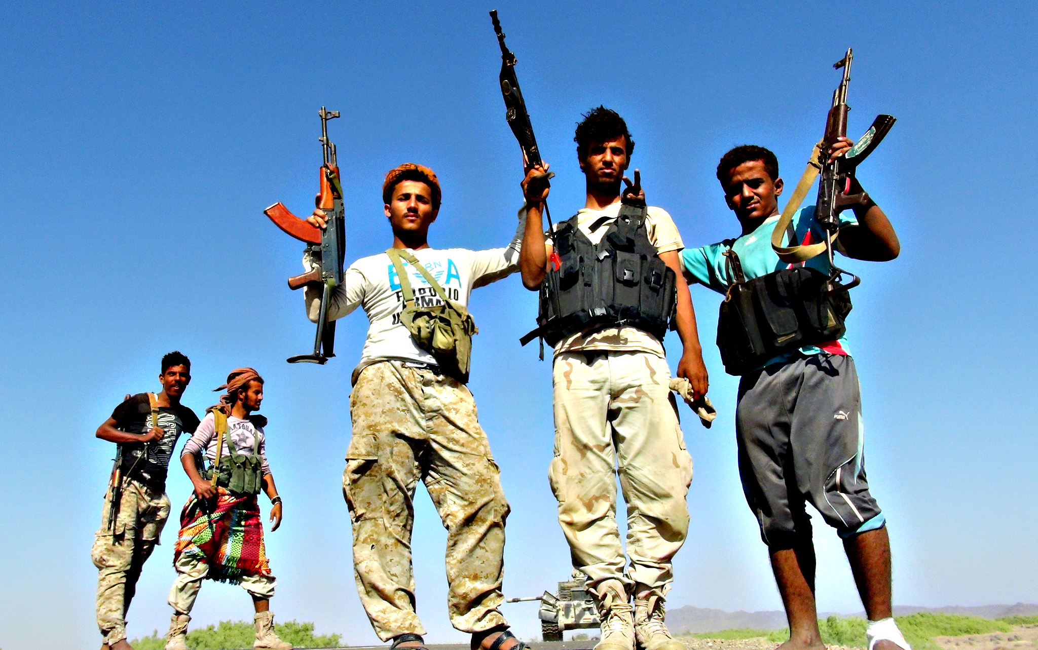Armed Yemeni tribesmen from the Popular Resistance Committees, supporting forces loyal to Yemen's Saudi-backed President Abedrabbo Mansour Hadi flash their guns in the Dabab district in Taez province on. According to analysts recapturing the strategic province of Taez would help Yemeni pro-government forces in securing the unstable south and pave the way to the north, including the capital Sanaa