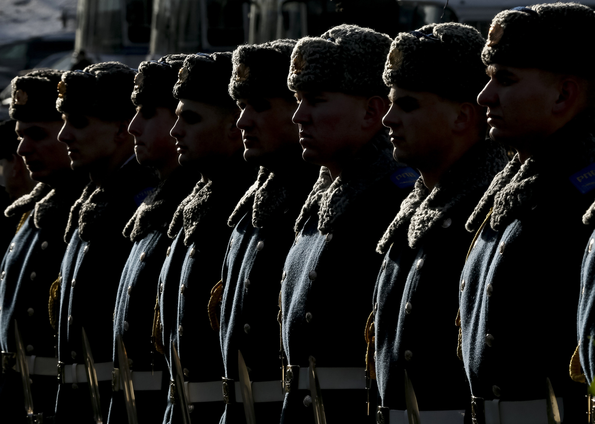Honor guards attend a ceremony in Kiev...Honor guards attend a ceremony to commemorate several hundred students who died during a battle on January 29, 1918 while defending the Ukrainian capital from the Bolsheviks, in Kiev, Ukraine January 29, 2016. REUTERS/Gleb Garanich