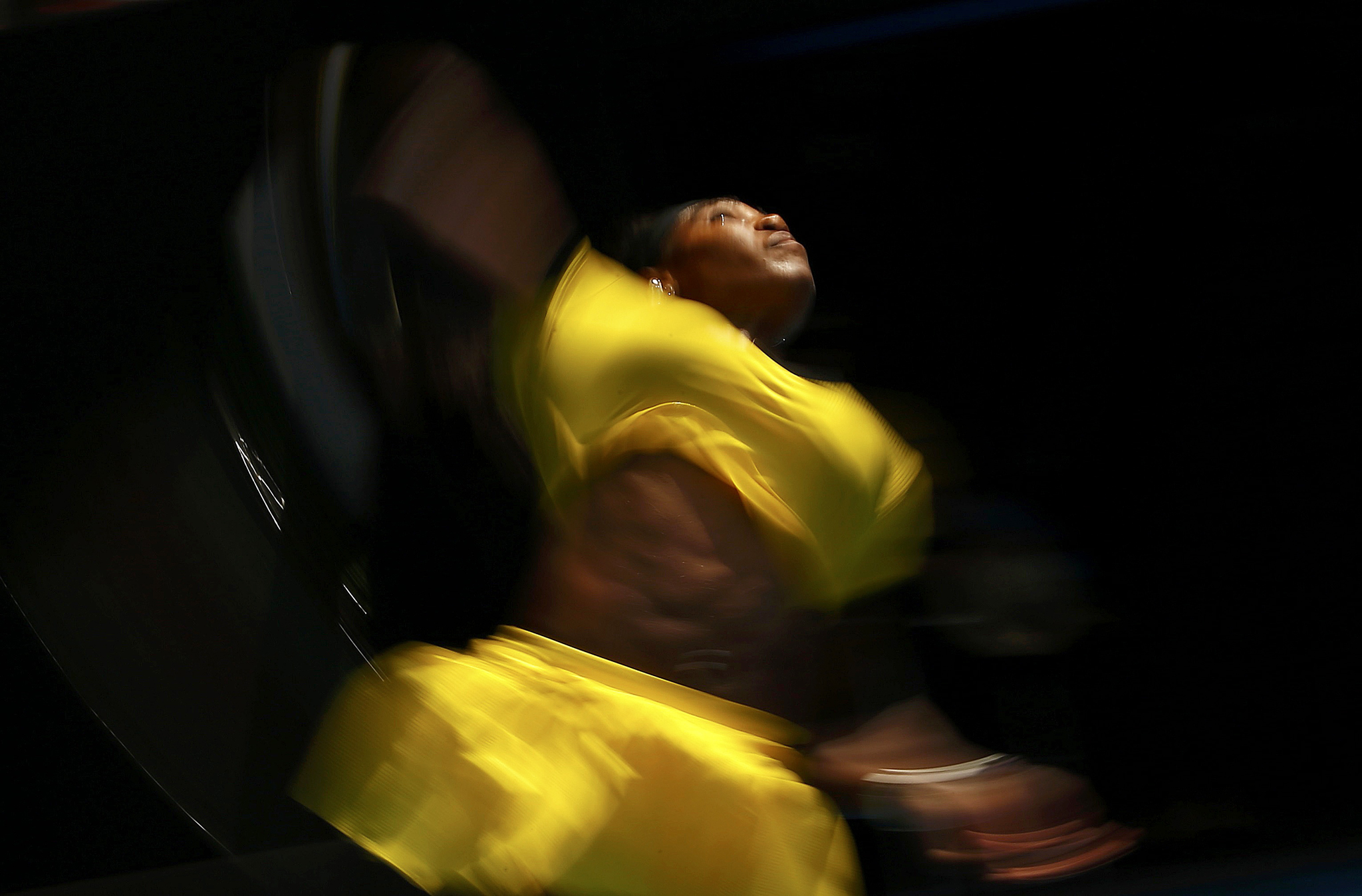 Williams of the U.S. serves during her quarter-final match against Russia's Sharapova at the Australian Open tennis tournament at Melbourne Park...Serena Williams of the U.S. serves during her quarter-final match against Russia's Maria Sharapova at the Australian Open tennis tournament at Melbourne Park, Australia, January 26, 2016. REUTERS/Thomas Peter       TPX IMAGES OF THE DAY