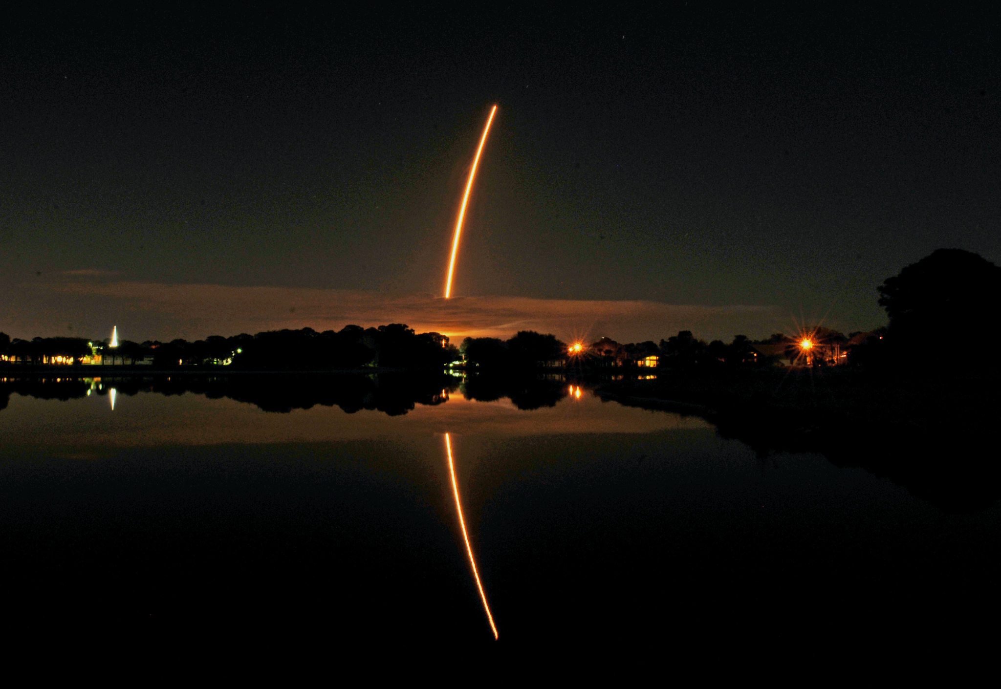 An Orbital ATK's Cygnus space craft atop a United Launch Alliance Atlas V rocket launchs from Cape Canaveral Air Force Station to go to the International Space Station as seen from Viera in Brevard County, Fla., Tuesday, March 22, 2016. (Tim Shortt/Florida Today via AP)  NO SALES; MANDATORY CREDIT
