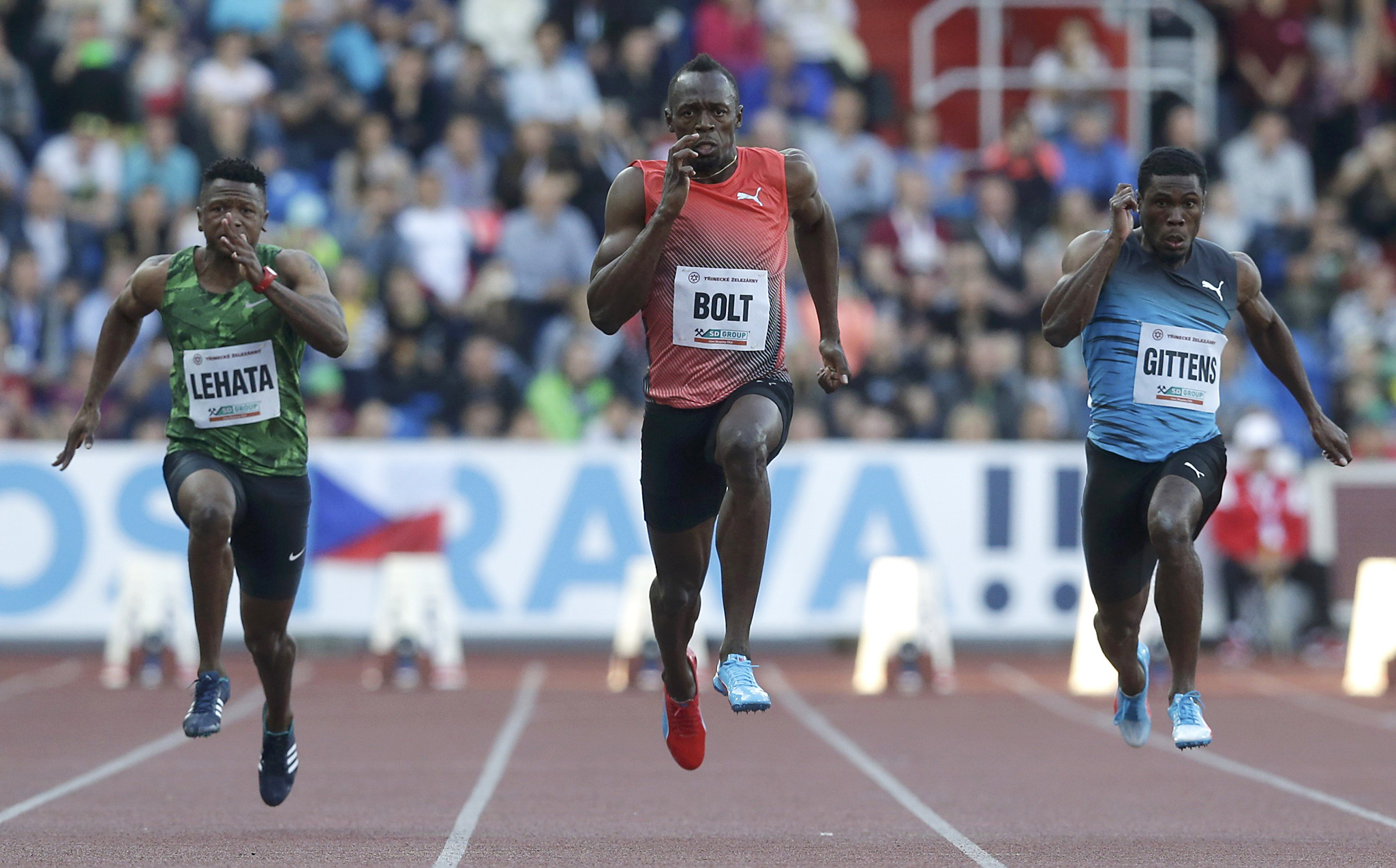 Athletics - IAAF Ostrava Golden Spike athletics meeting - Ostrava, Czech Republic - 20/05/16 Jamaica's Usain Bolt, Barbados' Ramos Gittens and Lesotho's Mosito Lehata compete in the men's 100m race. REUTERS/David W Cerny