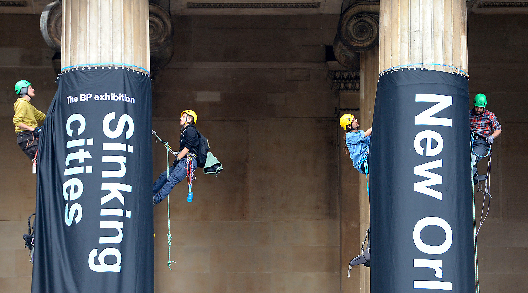 Greenpeace protesters climb the British Museum in London, in protest against BP's sponsorship of the museum's Sunken Cities exhibition. PRESS ASSOCIATION Photo. Picture date: Thursday May 19, 2016. See PA story ENVIRONMENT Protest. Photo credit should read: Anthony Devlin/PA Wire