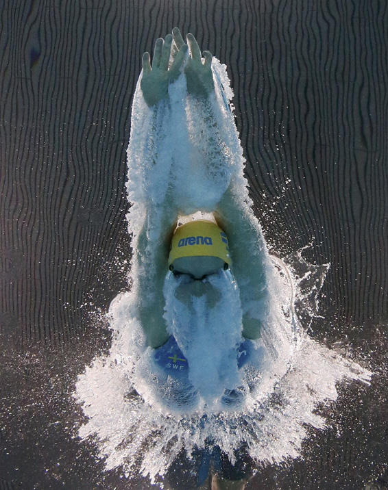 Swimming- European Aquatics Championships- London, Britain, 19/5/2016. Sweden's Louise Hannson starts in the women's 100m butterfly preliminary event.   REUTERS/Stefan Wermuth