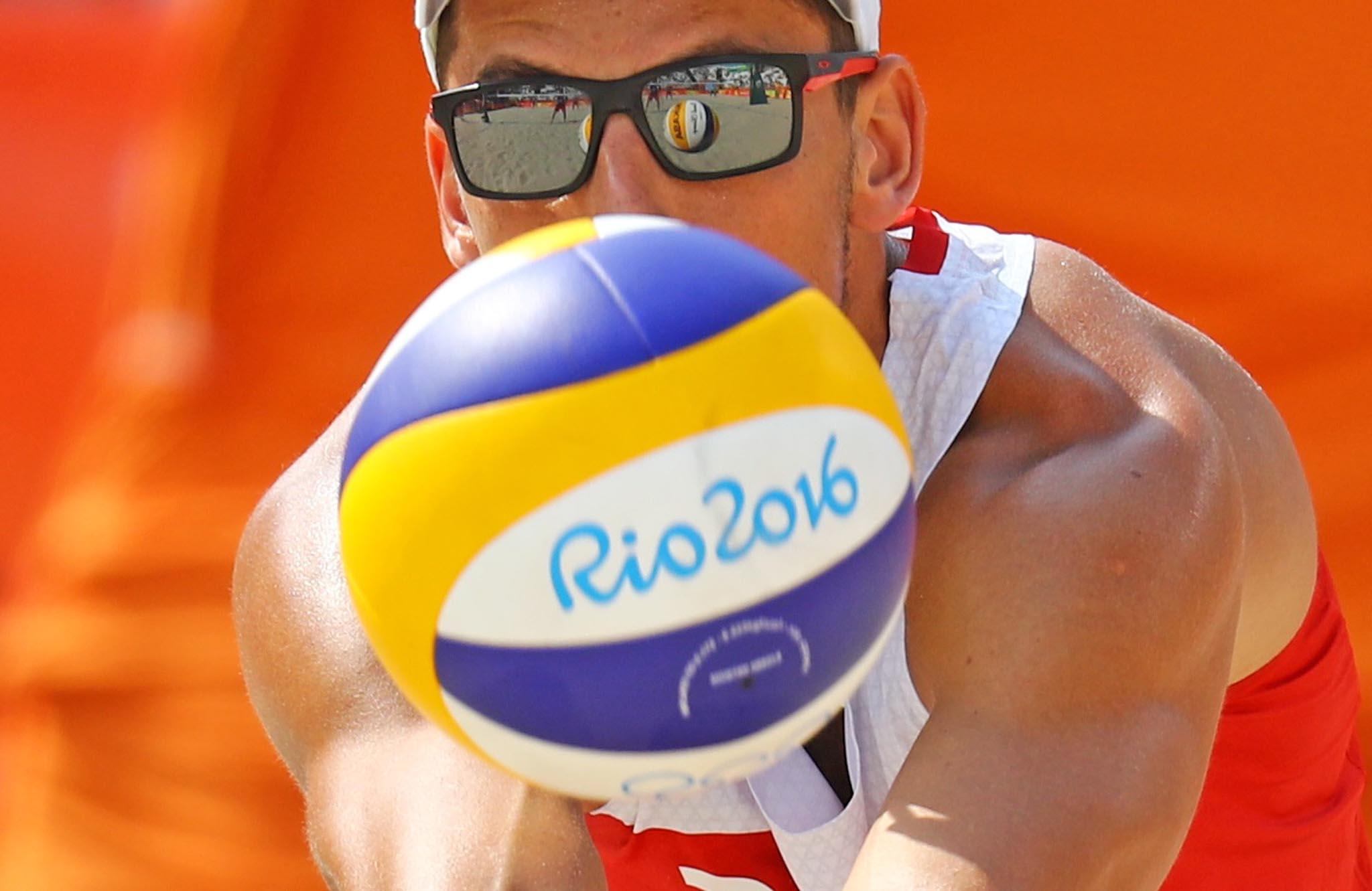 2016 Rio Olympics - Beach Volleyball - Men's Preliminary - Beach Volleyball Arena - Rio de Janeiro, Brazil - 08/08/2016. Bartosz Losiak (POL) of Poland competes
