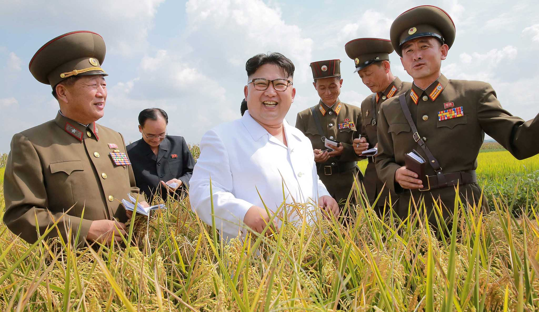 North Korean leader Kim Jong Un provides field guidance to Farm No. 1116 under KPA Unit 810, in this undated photo released by North Korea's Korean Central News Agency (KCNA) in Pyongyang September 13, 2016.   KCNA/via Reuters   ATTENTION EDITORS - THIS IMAGE WAS PROVIDED BY A THIRD PARTY. EDITORIAL USE ONLY. REUTERS IS UNABLE TO INDEPENDENTLY VERIFY THIS IMAGE. NO THIRD PARTY SALES. SOUTH KOREA OUT.      TPX IMAGES OF THE DAY