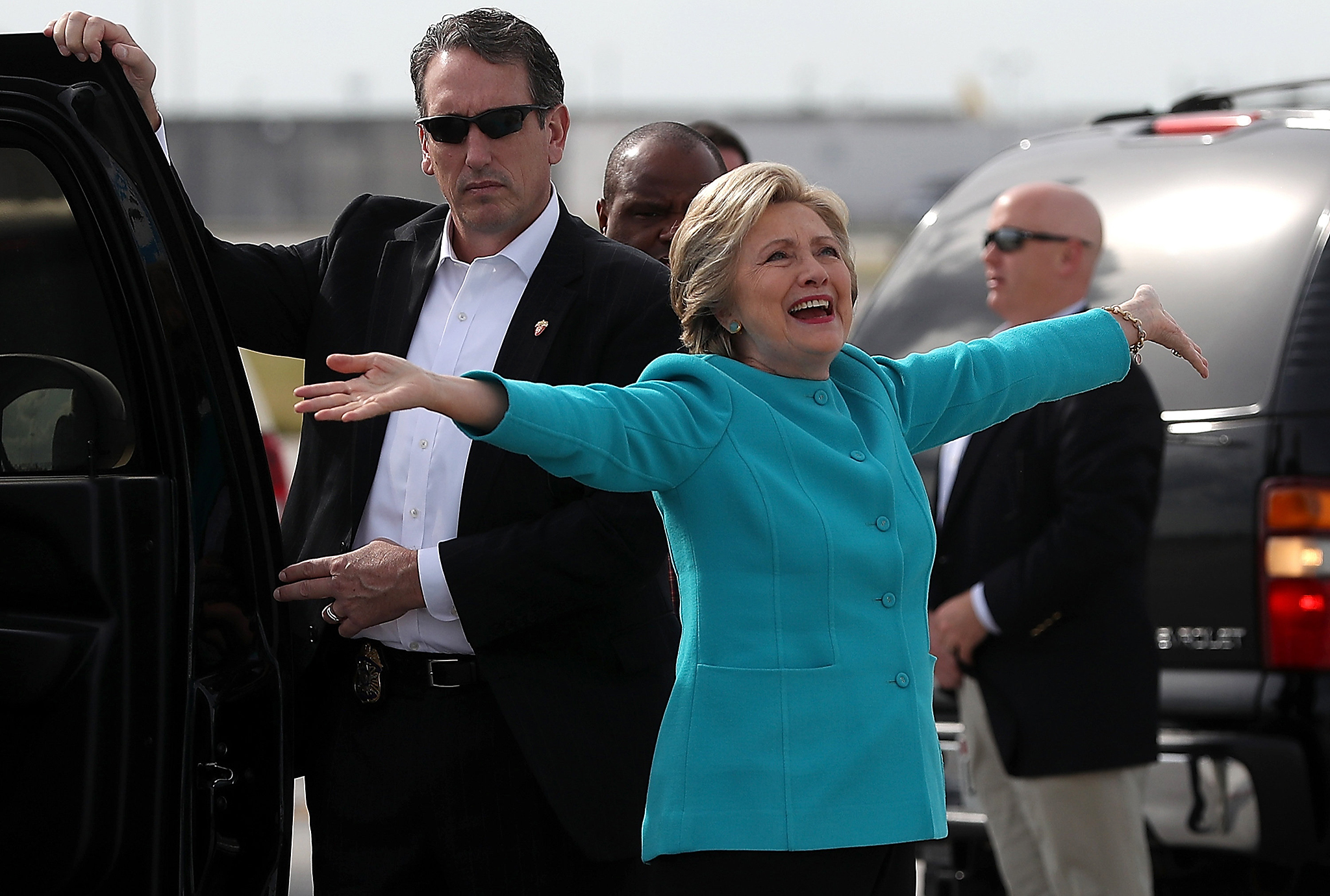 Democratic presidential nominee former Secretary of State Hillary Clinton prepares to board her campaign plane at Miami International Airport on October 26, 2016 in Miami, Florida. With less than two weeks to go until election day, Hillary Clinton is campaigning in Florida.  (Photo by Justin Sullivan/Getty Images)