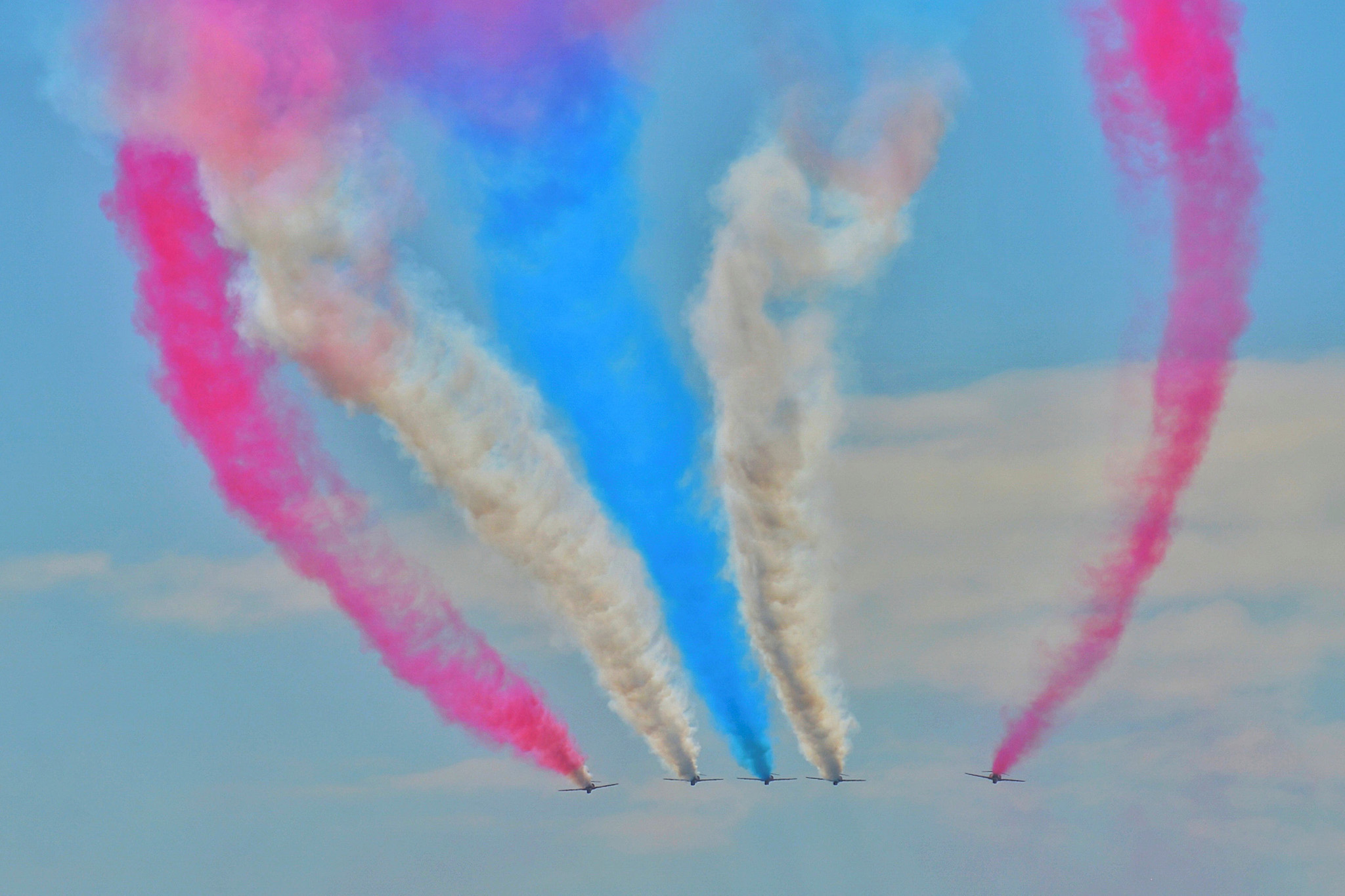 Britain's Red Arrows flying display team perform ahead of the China International Aviation and Aerospace Exhibition in Zhuhai, Guangdong province, China, October 27, 2016. China Daily/via REUTERS ATTENTION EDITORS