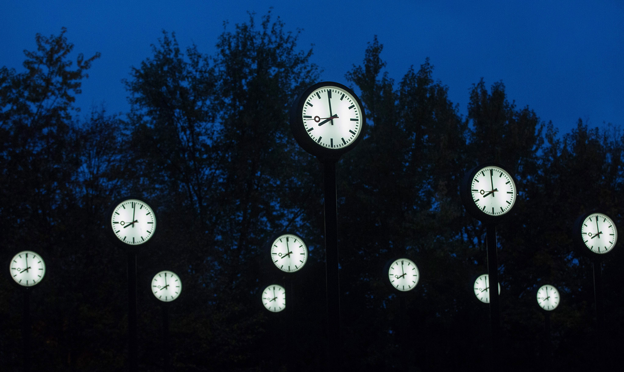 The installation 'Zeitfeld' by Klaus Rinke in Duesseldorf, Germany, 26 October 2016. The European Summer Time ends on 30 October, when clocks will be set back one hour during the night.  EPA/MAJA HITIJ