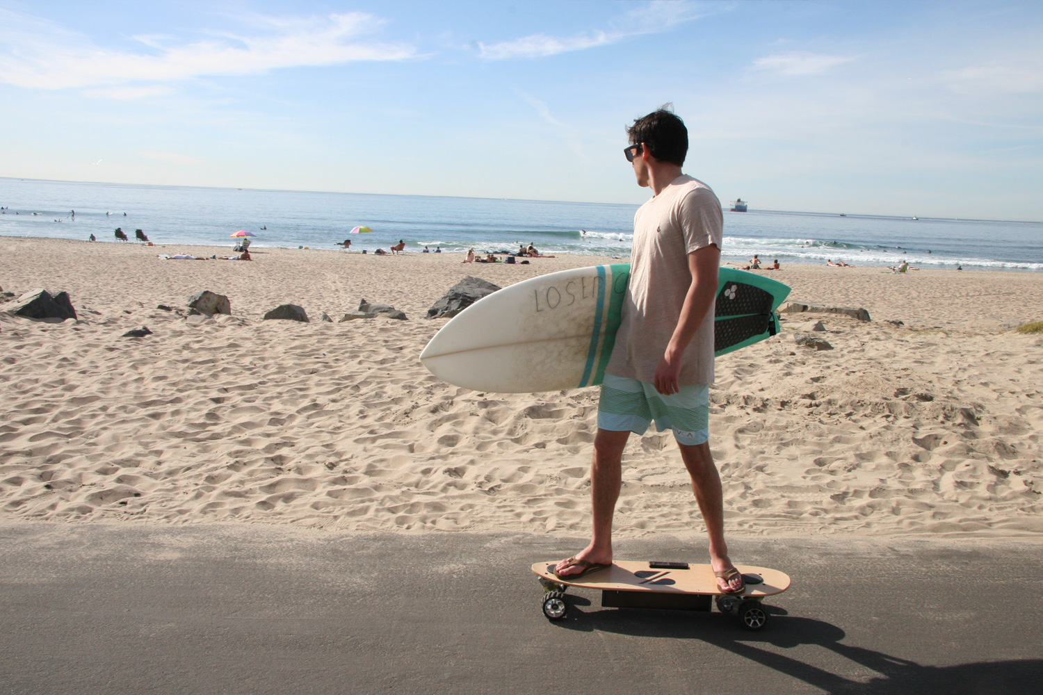 ZBoard_to_the_Waves