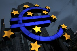 A euro logo stands in front of the headquarters of the European Central Bank (ECB) (Photo by Ralph Orlowski/Getty Images)