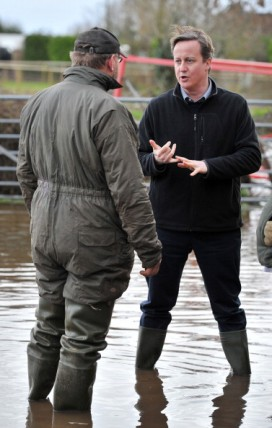 David Cameron visit flood-