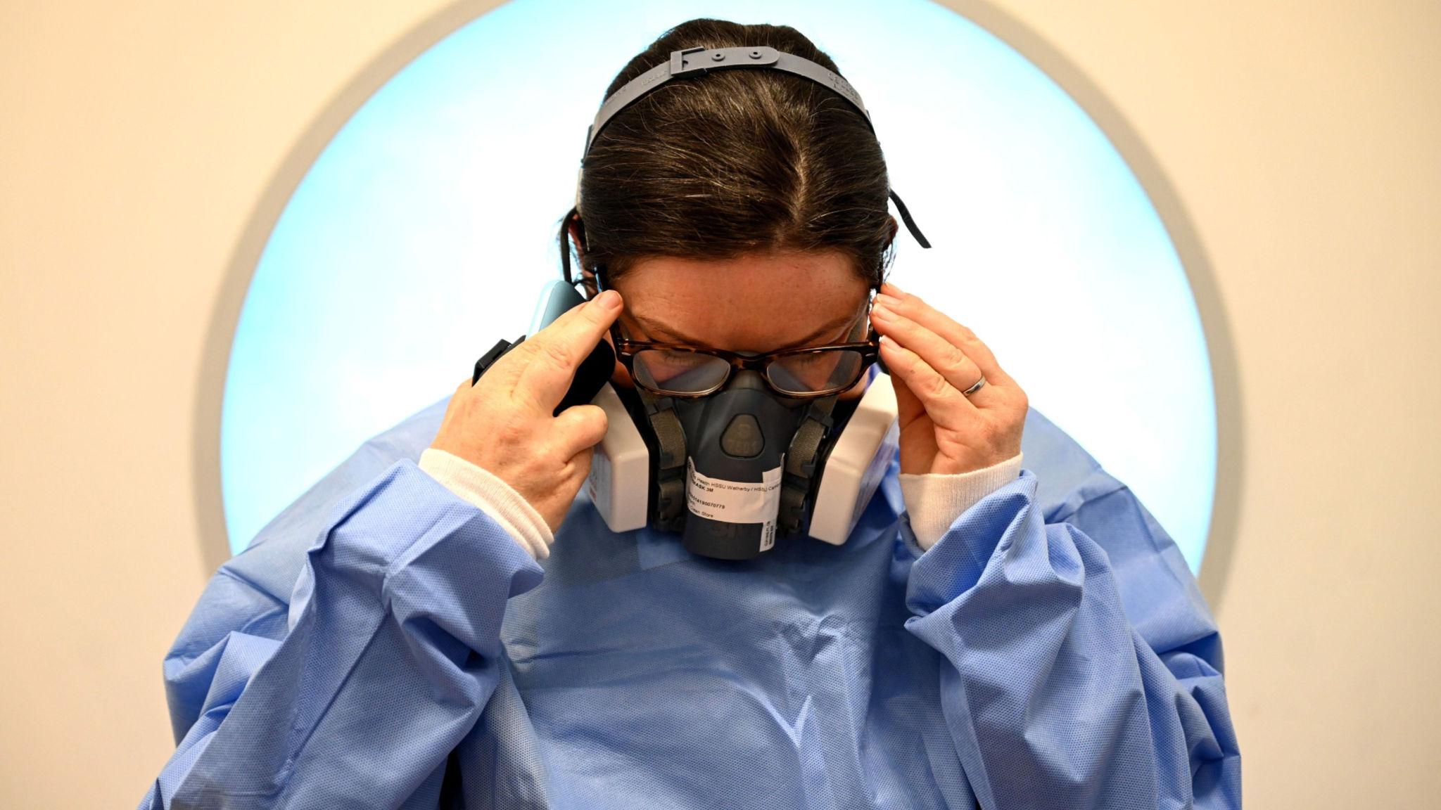 Coronavirus Us Death Toll Tops 86 000 As It Happened Financial Times