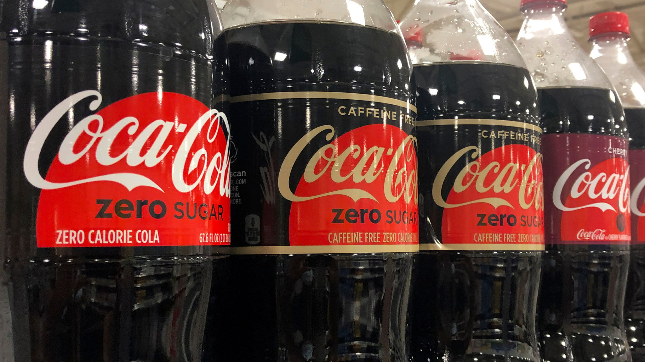 Coca Cola Christmas Bottle 2021 Coronavirus Coca Cola To Axe 2 200 Roles As Covid 19 Restrictions Bite As It Happened Financial Times